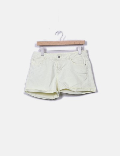 Shorts denim amarillo claro