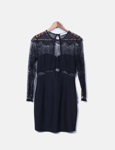 Vestido negro con encaje Bershka