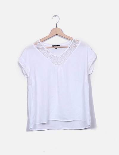 Blusa blanca combinada crochet Tex