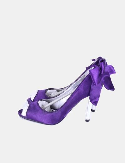 Zapato violeta satinado con tacón plateado Xti