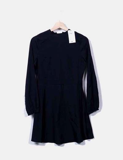 Robe noire à manches longues Suiteblanco