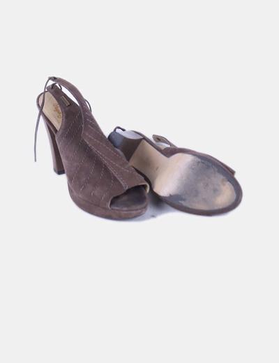 Zapatos peep toe serraje destalonado