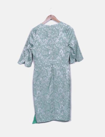 Vestido bordado floral verde combinado