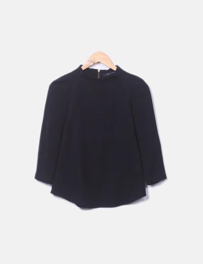 Blusa negra lisa detalle cremallera Zara