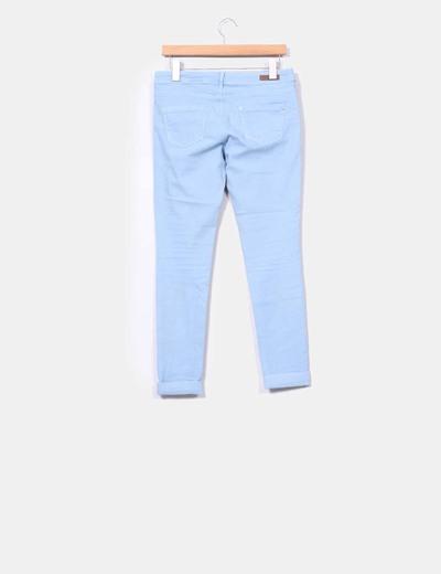Pantalon azul cielo