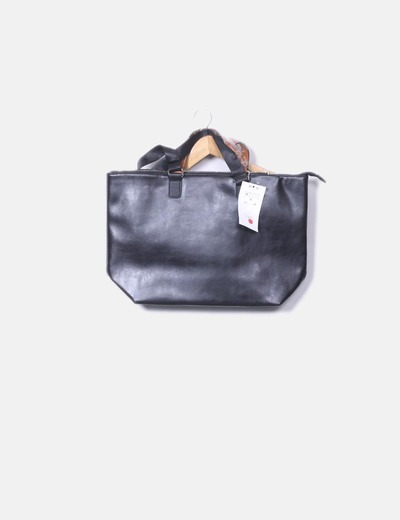 Shopper negro con asas marrones