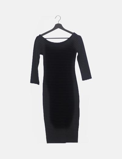 Vestido negro raya