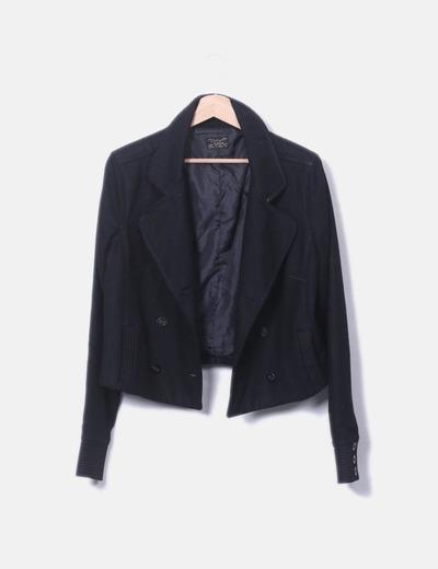Abrigo corto negro doble botón