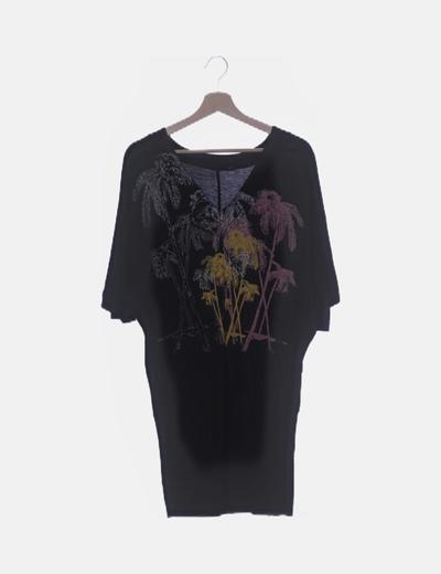 Vestido negro print cuello pico
