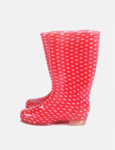 Botas de agua rojas con motas