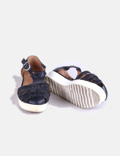 Sandalias cangrejeras negras