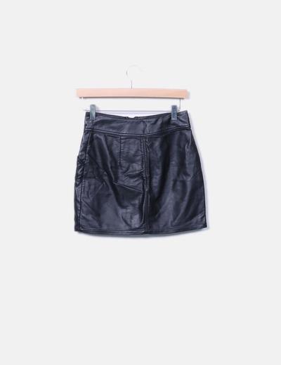 Mini falda polipiel negra cremallera