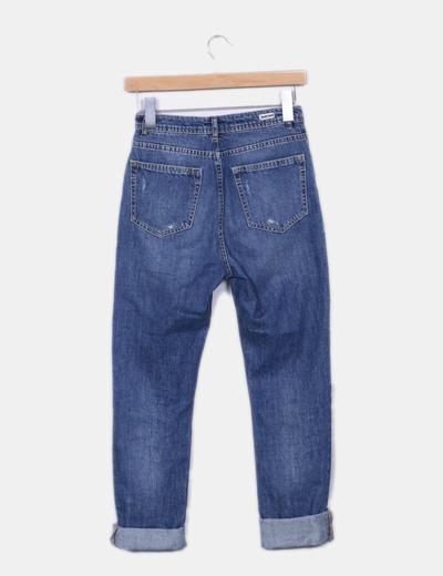 Jeans denim azul con rotos
