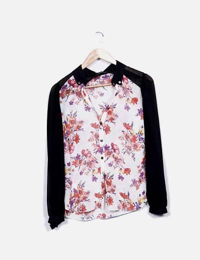 Blusa floral mangas negras Atmosphere