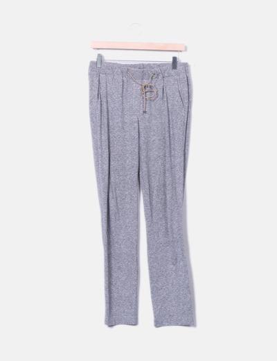 Pantalón gris baggy