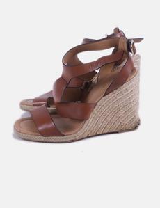 f3a8ef40173 Sandalia marrón cuña Zara