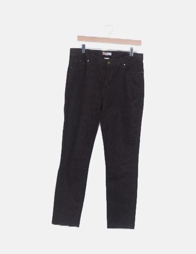 Pantalón marrón animal print