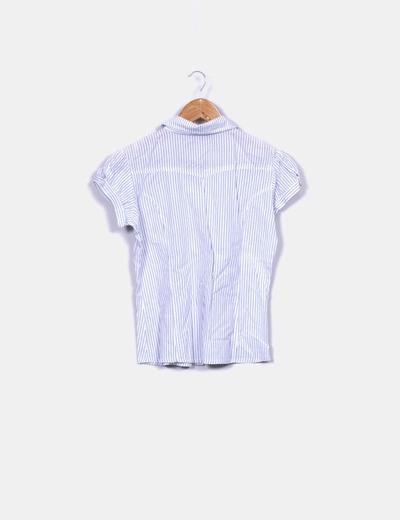 Camisa blanca de raya diplomatica azul