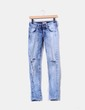 Jeans claro con rotos en rodilla MET