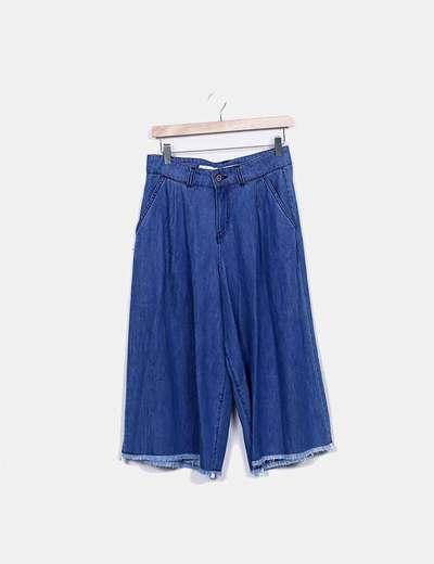 Pantalon un en denim culotte effilochés Sfera