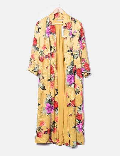Kimono largo mostaza estampado floral