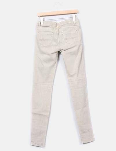 Jeans pitillo verdoso