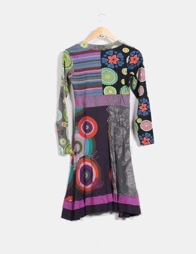 Vestido multicolor con estampados varios