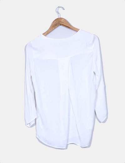 Camisa blanca escote pico