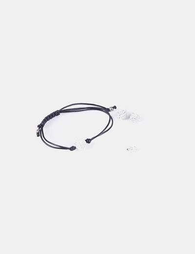 Boucles d'oreilles pendantes et un ensemble bracelet NoName