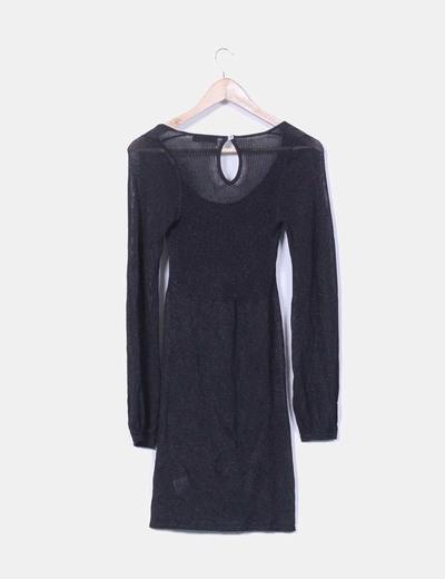 Vestido negro con brillos escote redondo