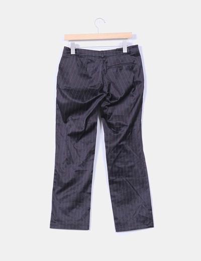 Pantalon negro con raya diplomatica