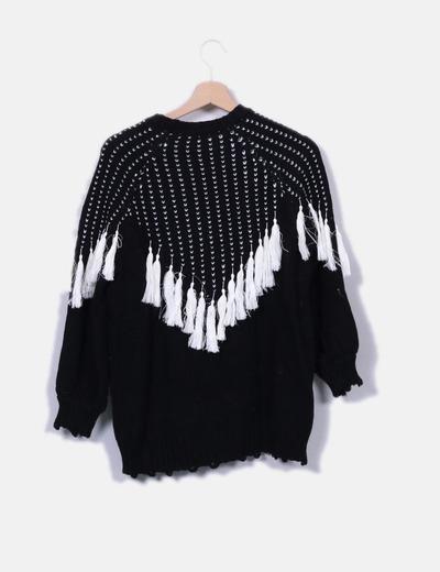 Jersey punto negro pompones blancos