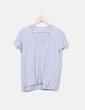 Camiseta gris escote pico Zara