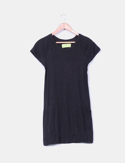 Vestido de punto negro con bolsillo Zara
