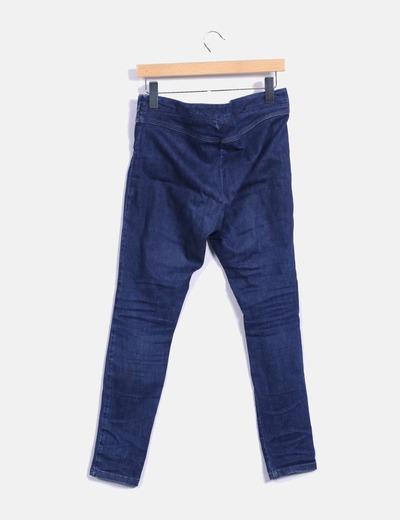 Jeans con tachas