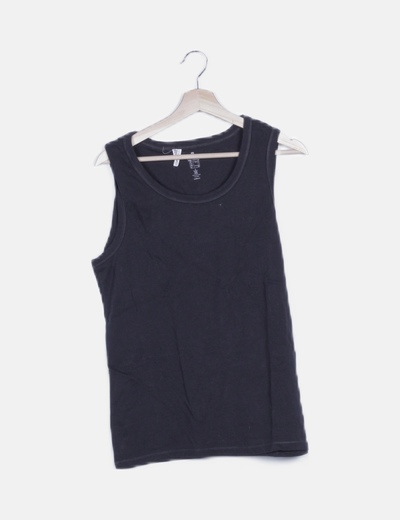 Camiseta deportiva negra