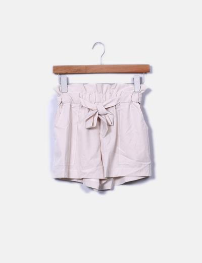 Short beige con cinto NoName