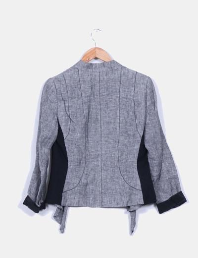Blazer gris de lino corte asimetrico