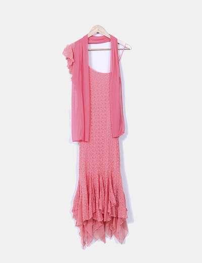 Vestido rosa de encaje con chal Maria Bonita