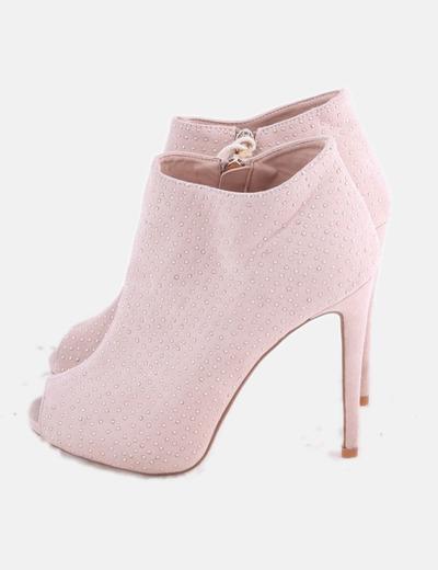 Botines rosa palo con tachas