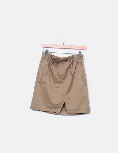 Falda marrón con elástico ajustable