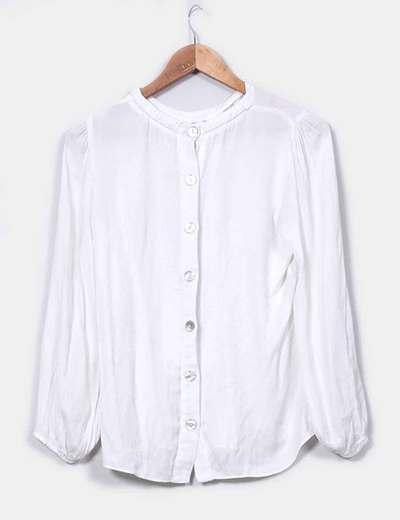 Camisa blanca botones traseros