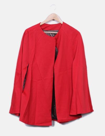 Manteau rouge sans manches Maria Castro