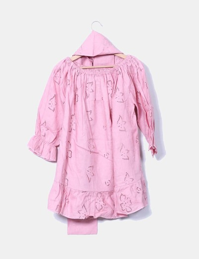 Vestido rosa bordado escote barco