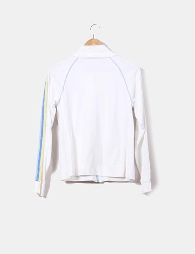 Chaqueta blanca sport con franjas azules