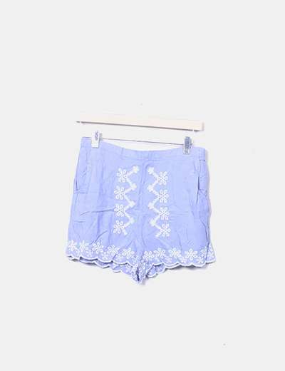 Short azul celeste bordado