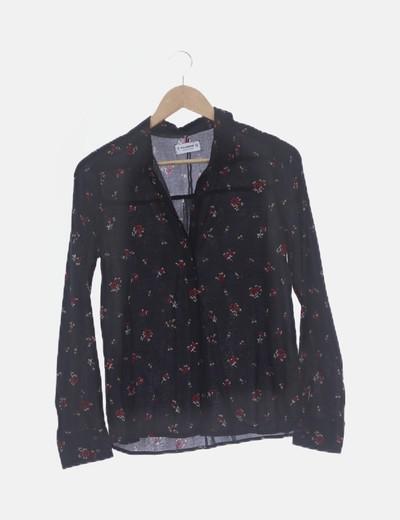 Camisa fluida negra print rosas