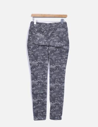 Jeans denim skinny camuflaje