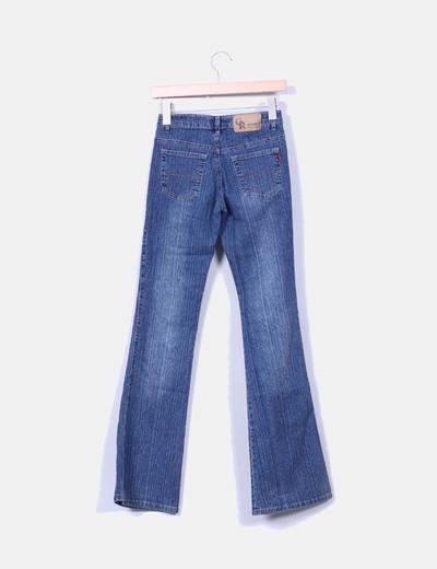Jeans denim campana mariposa bordada