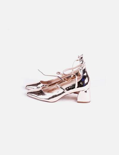 Zapato tacón dorado Zara